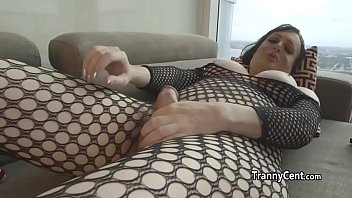 cum surprise shemale Webcam mom walk in