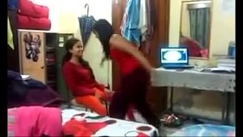 india hostel girl Train black team bang