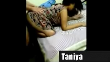 mlade porno devojke Natasha sex fucked deeply in bum