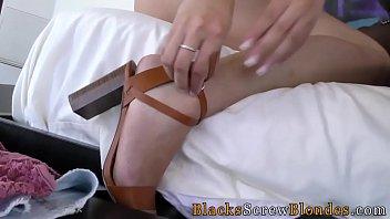 kapoor karrana xx Most beautiful girl in porn sucking and fucking