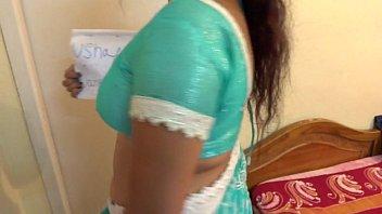videocom telugu aunty indian nidenude Punheta ao lado da gostosa no onibus e ela nao para de olhar