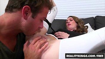 clips 3gp porno realitykings Cuckold wife sucking friend
