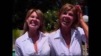 sucking4 sisters tongue twin Kong ye ji 2016