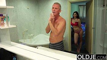 old with girl fuck man boobies young small Ersten mal schwanz im arsch