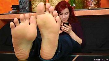 pantyhose feet ala Kim jong kok
