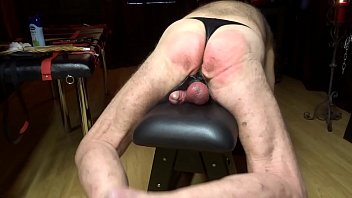 dor marc sel Squirting on chair