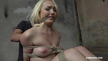 vaginita pajsa sobre su Women milking man till cumins