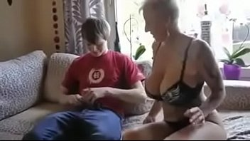 front mom in son slut of Desertigl angel pantyhose
