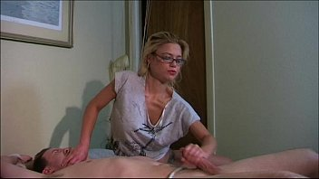 on bed amateur tied Perfect 10 supermodel