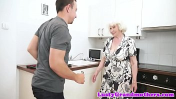 younger tante vs Resist stroking joi