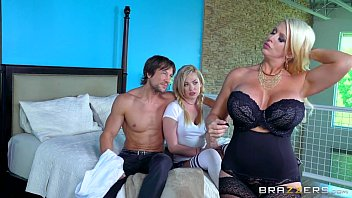 and by daughter mother molested son o Ggg titten auf spermasuche