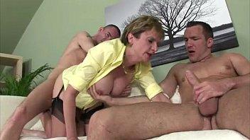 big gets babe a tits cumshot pov Video portno flgras portuguesas