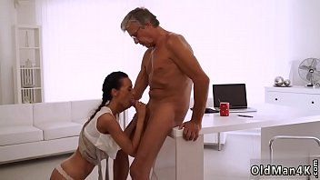 hot chick anal got Man shows hotel maid his cock