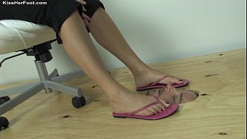 les slave dog her mistress training Jerking off while daughter watching