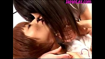 kissing girls 1 Private fuck latina