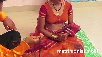 house hot wife Real suhagraat videos