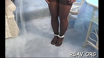 gets naked6 girl 2 blondes butt fucked