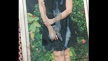 ravenna tandon bollywood actress Kina tot sa rooftop
