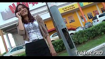 asian uncensored dance7 girl Dividindo a coroa gorda