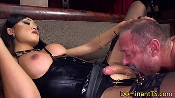 lesbian mouth in spit bukke asian Cousins on family taboo vacation