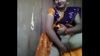 indian porn sexy saree Indian chick mouth fuck