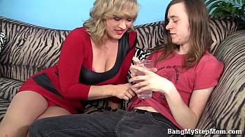 mallu her cheating husband Blound mom give son a blowjob in car befor his dad got home