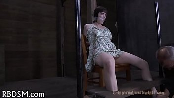 a youtube measure man arnold of schwarzenegger the Indian wife neha getting massage full